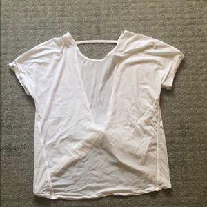 Lululemon white twist top